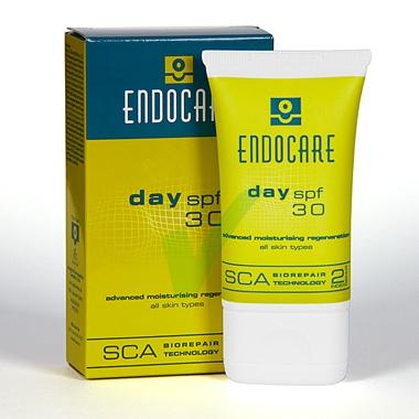 Endocare Linea Day SPF30 Emulsione Fluida Idratante Rigenerante Emolliente 40 ml